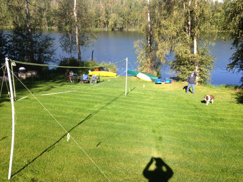 Familly fun on the lake. lawn games, boating, fishing, swiming, campfires and more