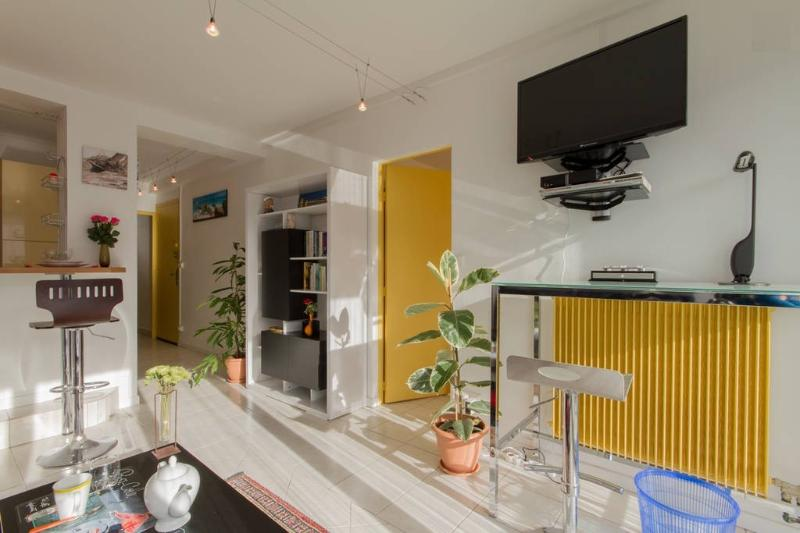 TO1 - Comfortable apartment + parking in La Rochelle  (54 m²), holiday rental in Lagord
