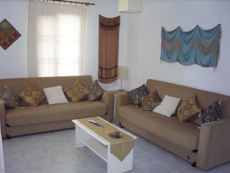 Sunset's spacious lounge with two comfy sofa-beds