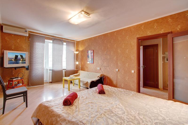 Studio near Moscow Railway station (270), holiday rental in St. Petersburg