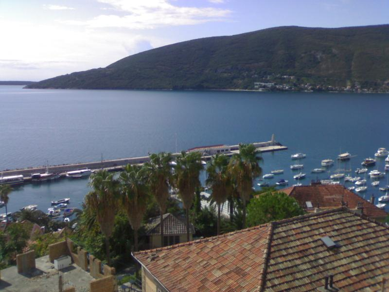 Waterfront home, holiday rental in Herceg-Novi