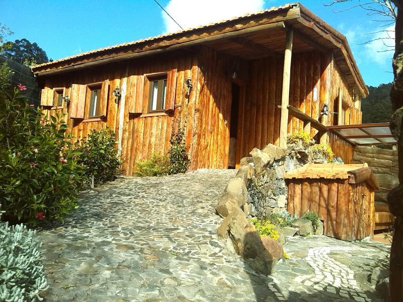 The Cabana, coziness is a small word, vacation rental in Arco da Calheta
