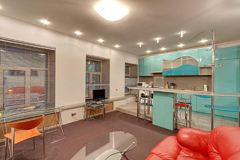 Romantic one-bedroom apartment, location de vacances à Krasnogvardeysky District