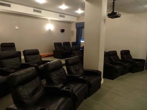 Cinema Hall / Sala de cine - ComprandoViajes