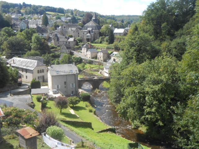 Rivendell, by the River Vezere, vacation rental in Chamberet