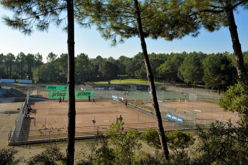 Le Centre de tennis