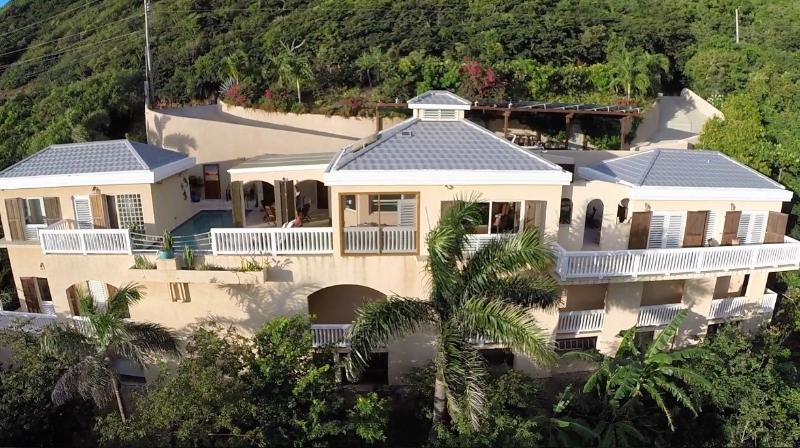Eco Friendly Beachfront Villa, vacation rental in Virgin Islands National Park