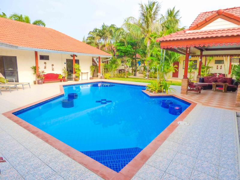 Mountain Beach  Retreat Pak Nam Pran Hua Hin – semesterbostad i Hua Hin