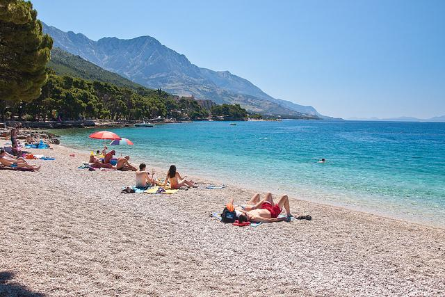 The most beautiful beach in Croatia - Brela in just 15 minutes