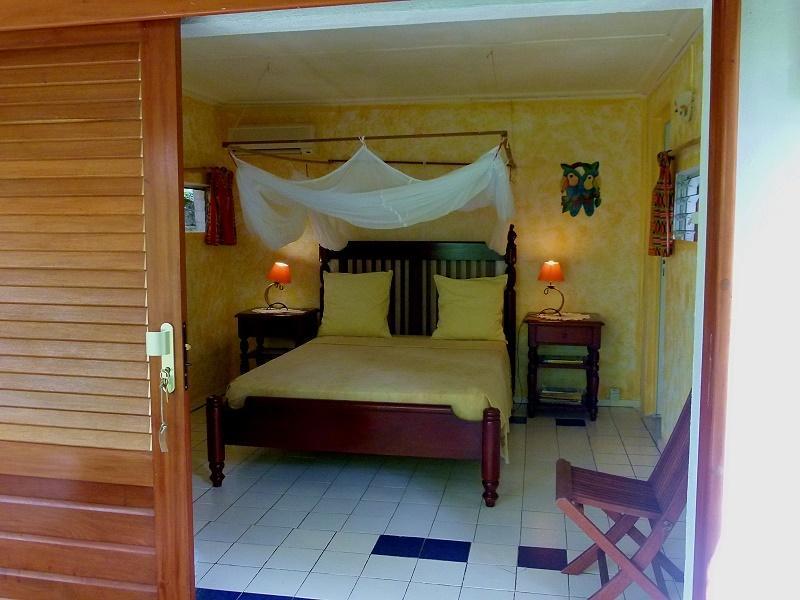 la chambre, lit de 140
