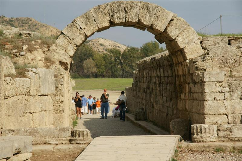 Visit in 1-day tour the ancient site of Olympia