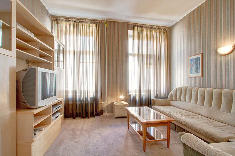 A budget apartment near The Russian Museum (2-4 people), holiday rental in St. Petersburg