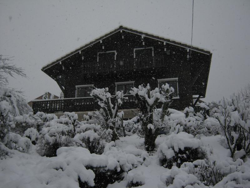 Chalet Snow