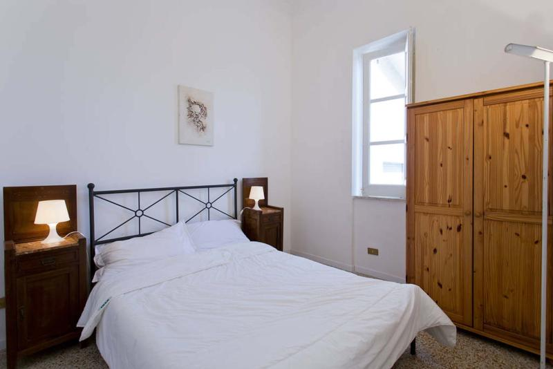 Central bedroom