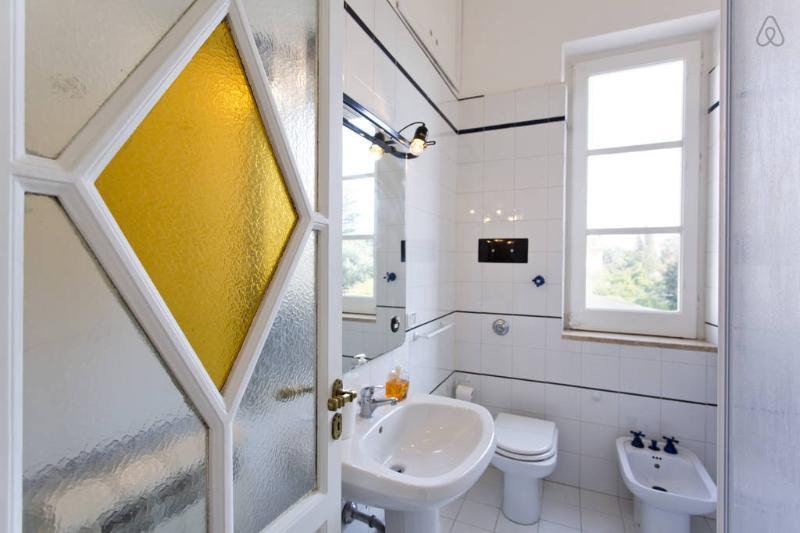 Masterbedroom bathroom