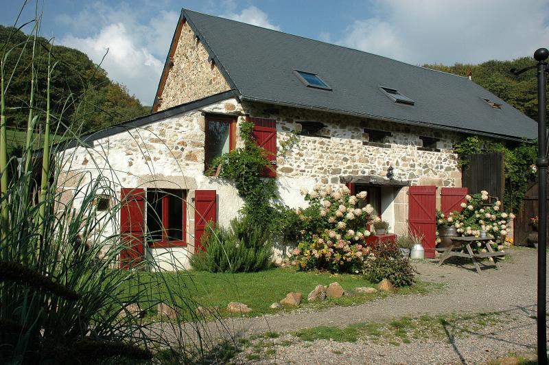 Morvan Rustique - Gîte Obelix, vacation rental in Saint-Didier-sur-Arroux