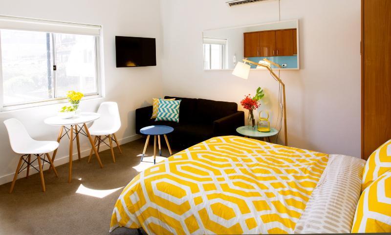 Boutique Studio Apartment On Bondi Beach