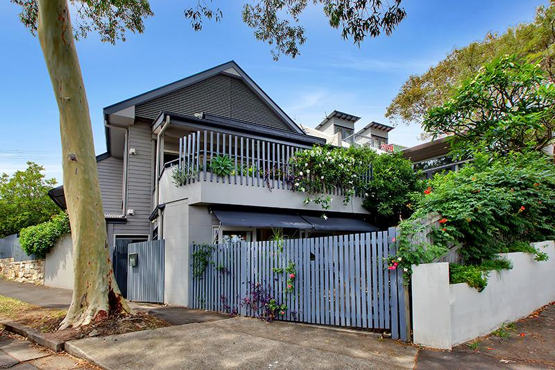 Luxury in the heart of fashionable Balmain, vacation rental in Kingsford