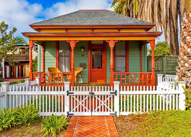 Historic Beach Cottage W Outdoor Living Walk To Windansea