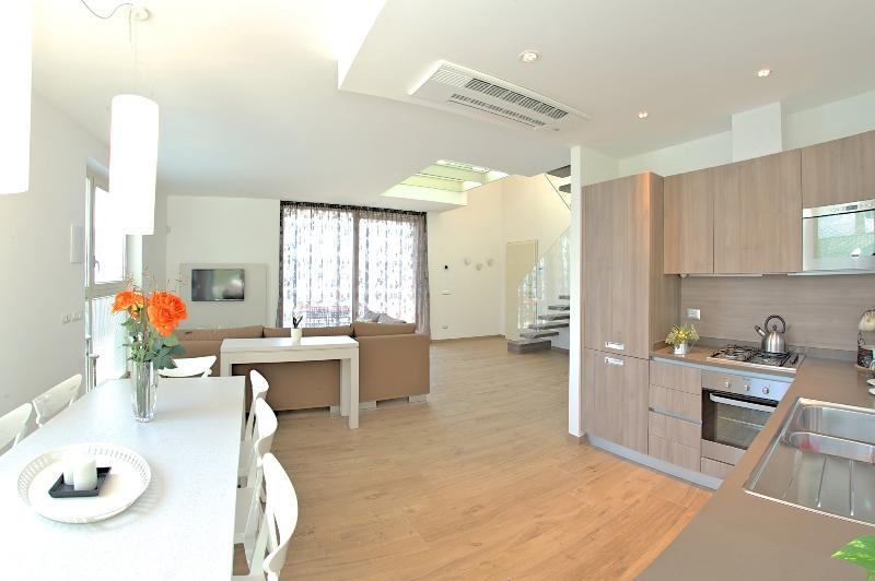 kitchen-dinner room