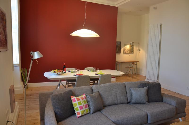 L'appart rue Ausone / Vue sur la garonne, holiday rental in Cenon