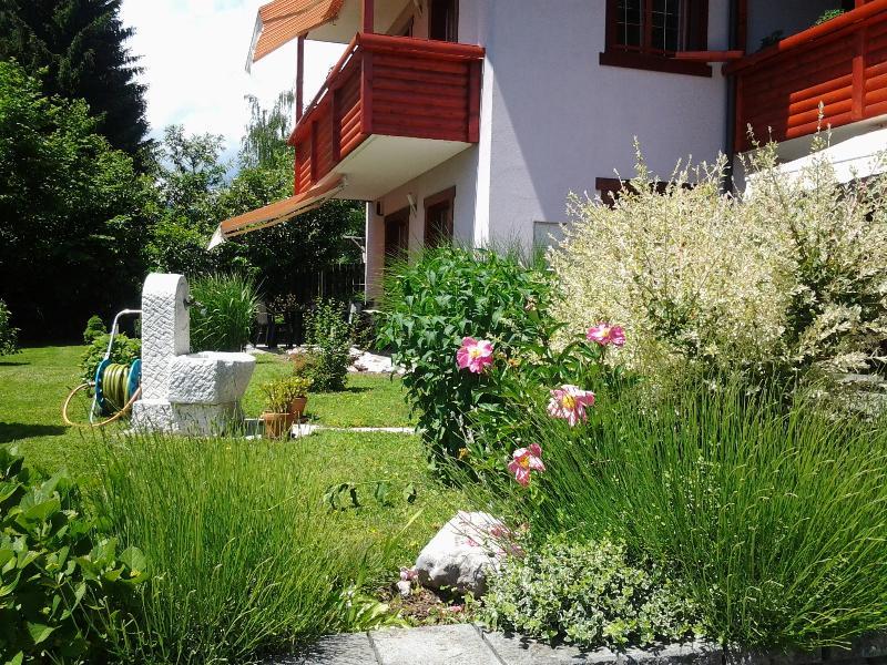 Alexandra casa jardín