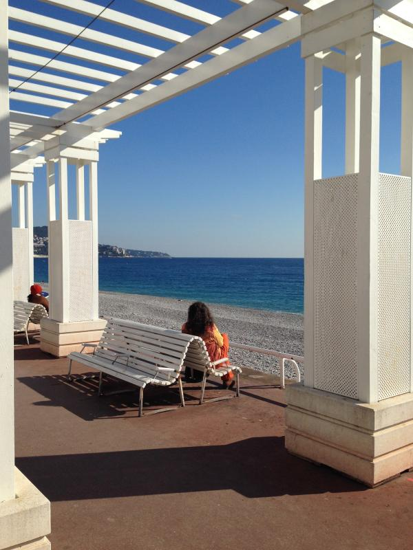 Promenade des Anglais, a lovely stroll into the centre of Nice