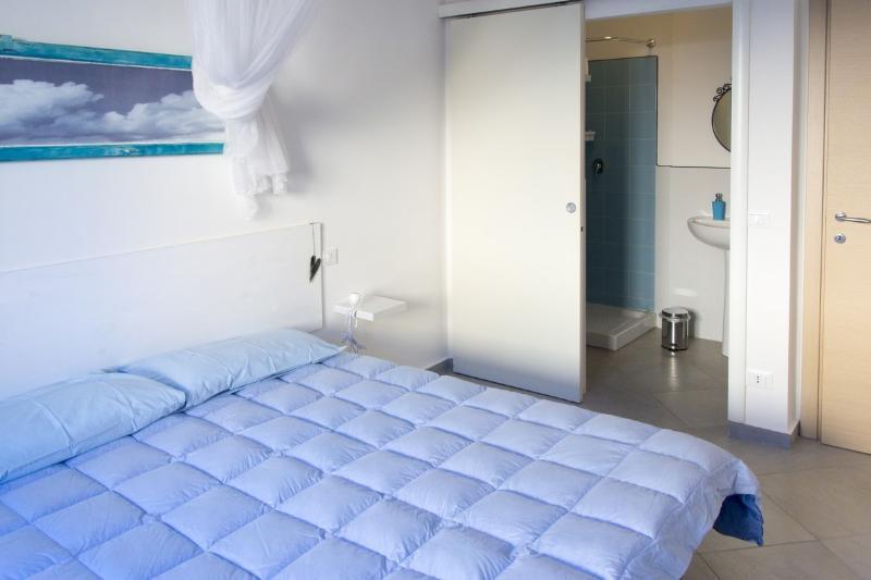 Aria: double room with bathroom