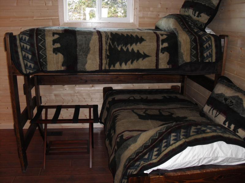 3rd bedroom with set of bunkbeds