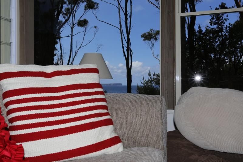 Stunning Views of Jervis Bay.  Relax ... You have found the best location .. Hyams Beach!