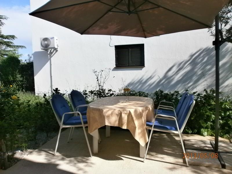 Apartment-studio Dijana °2 close to Beach – semesterbostad i Krk