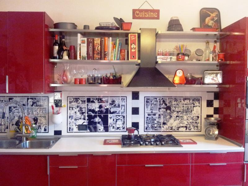 Very special 'Comics' Kitchen: detail