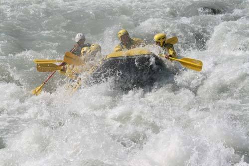 beskonak  rafting   50 km