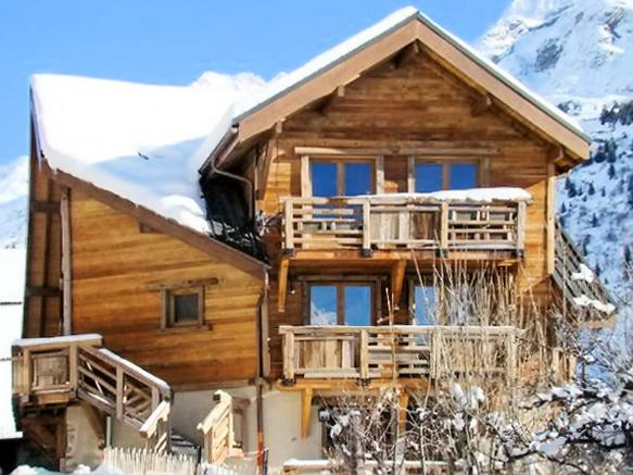 Nice apt with mountain view & Wifi, alquiler vacacional en Vaujany