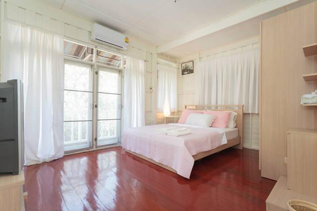 Quarto n º 1 cama de casal / quarto para 2 pessoas