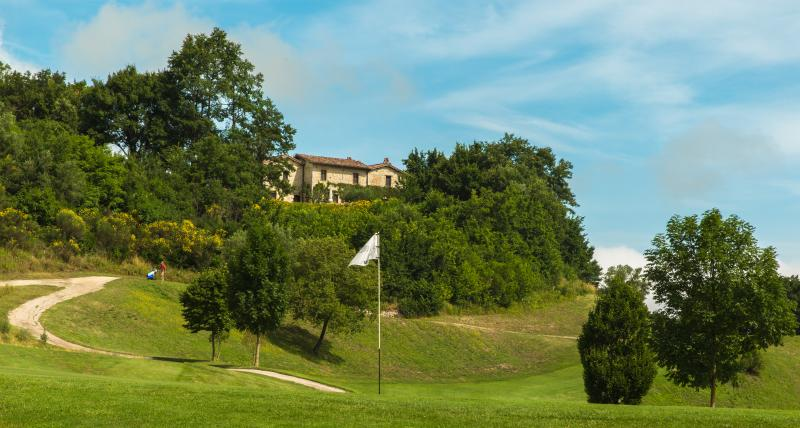 Golf course and Villa Capanne