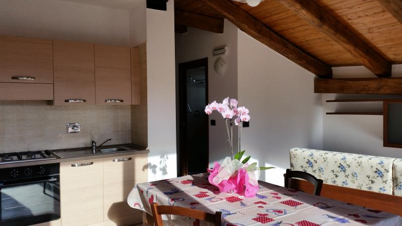 Casa Vacanze Orchidea, vacation rental in Cavour