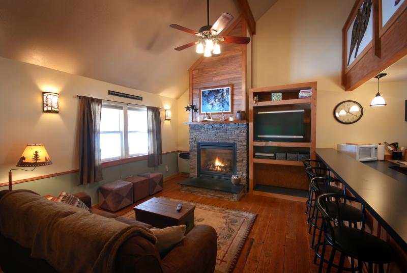 Montana Rock Creek Cabin Living Room