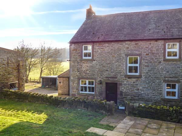 ROANS FARM, three bathrooms, pet-friendly, woodburning stove, WiFi, in Maulds, holiday rental in Bolton