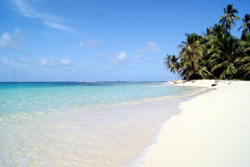 Caminar por el lado blanco! playas infinitas