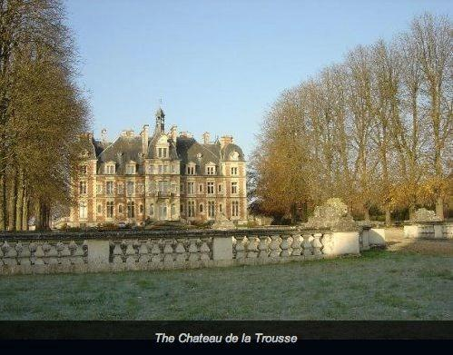A view of the chateau.