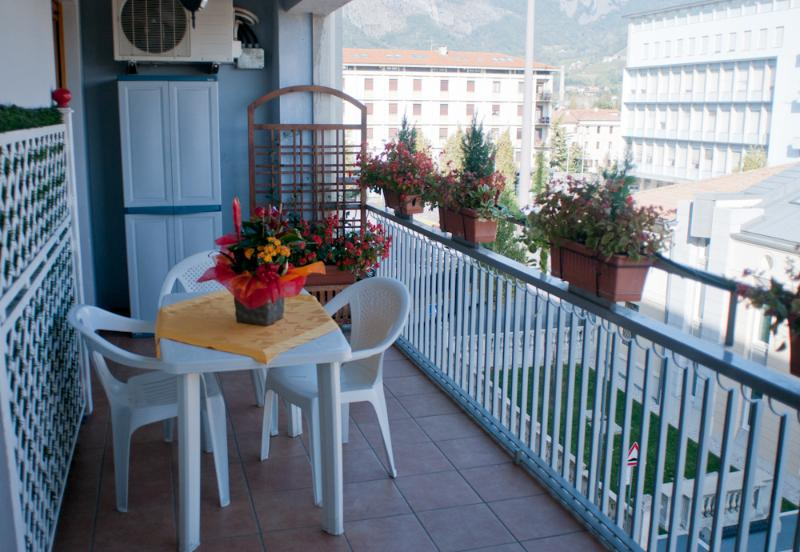 Tami Holidays - Terrace with panoramic view