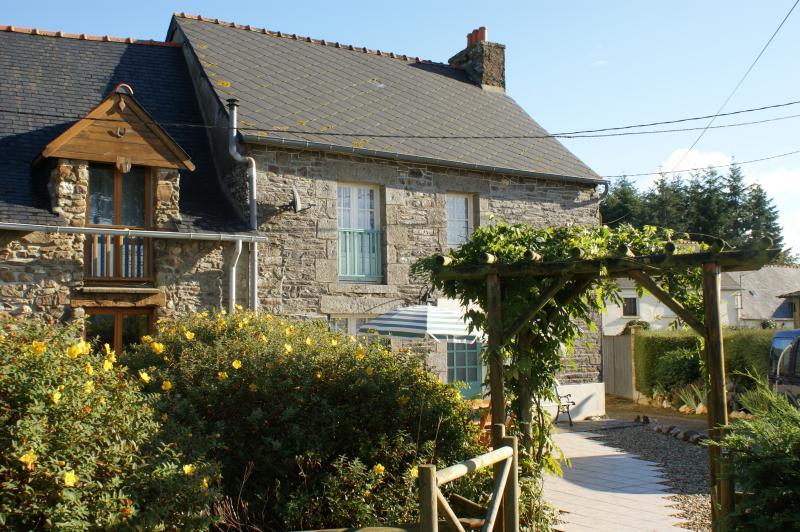 refuge rural dans la campagne bretonne