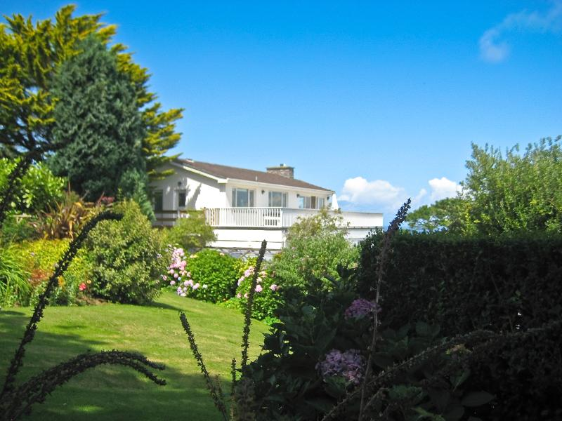 Birdsong, St Ives: Garden view