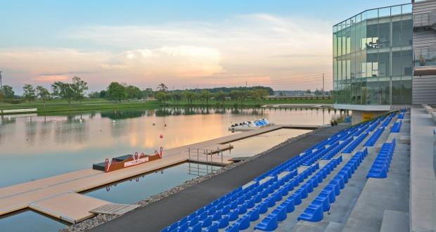 The Flatwater Centre,  is a short 5 minute drive from the house. Many water sporting events are here