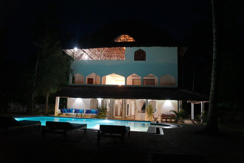 Kiboko Nyumba at night