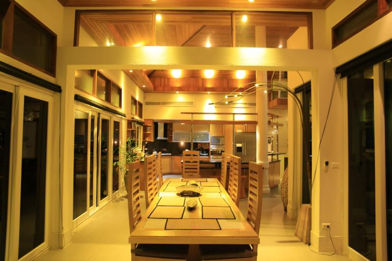 The Dining room with the fully equiped Kitchen in the background..