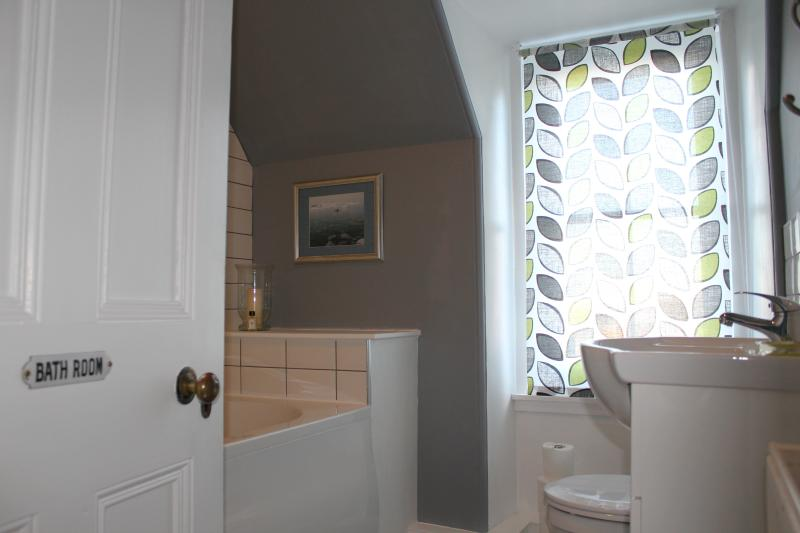 A place to relax and unwind. Brand new bathroom, with large tub in which to relax.