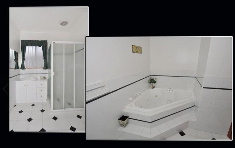 Baño principal con bañera hidromasaje