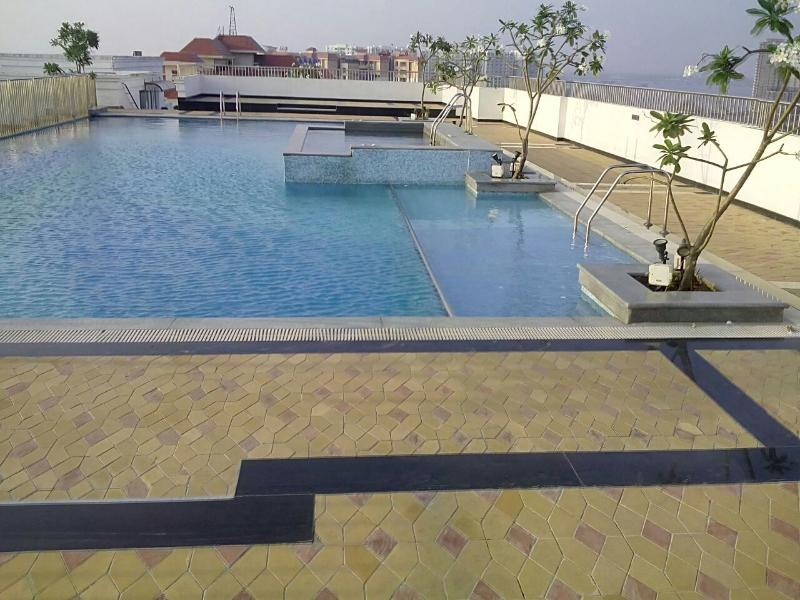Fully furnished flat at EKM Marine drive., location de vacances à Cochin